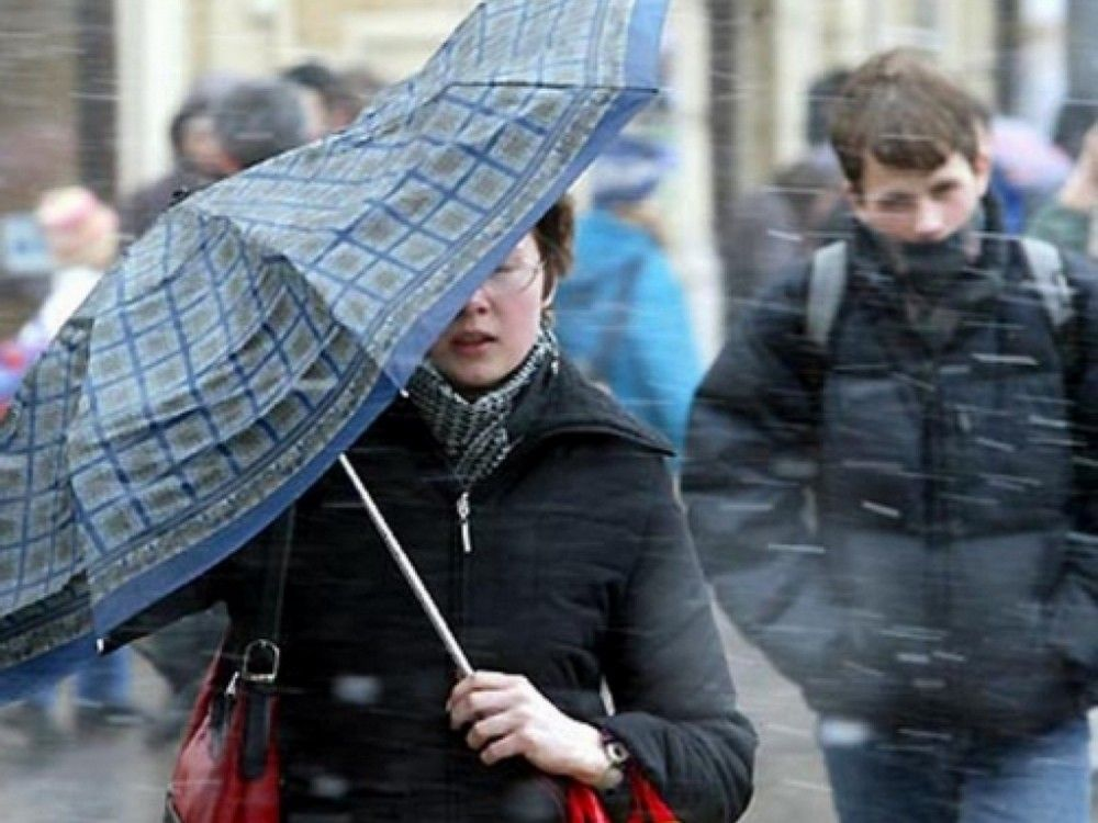 Для Феодосии на 6 и 7 января передают штормовое предупреждение