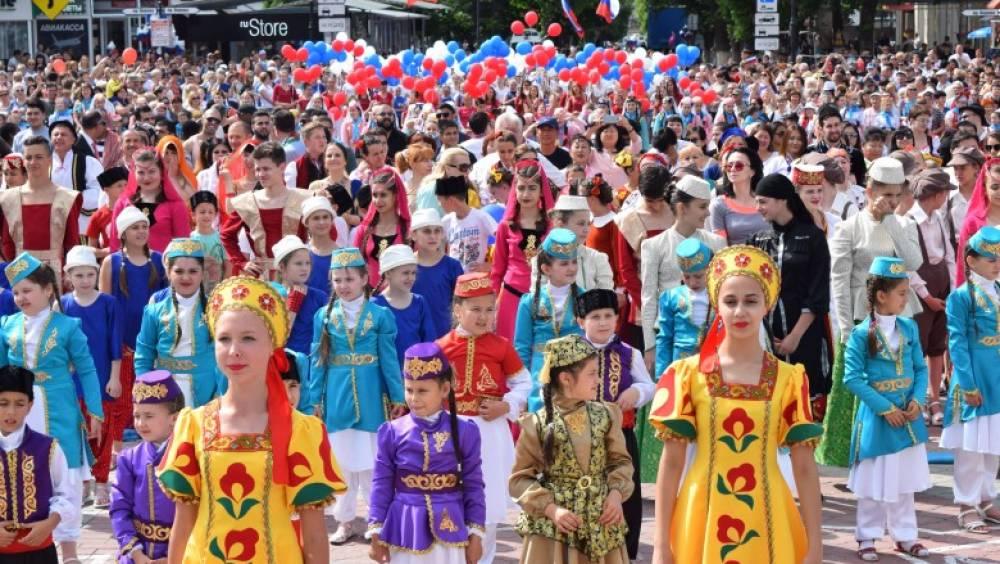 Почти 50 тысяч человек приняли участие в праздновании Дня России в Крыму