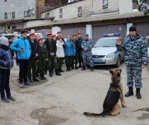 Юнармейцы Феодосии познакомились с профессией полицейского