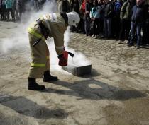 Пожарные провели внеплановую тренировку в техникуме в Приморском