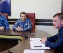 Керчане пожаловались Бороздину на стоянку грузовиков во дворах