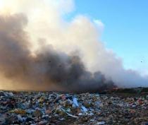Полигон ТБО в Феодосии горит почти неделю