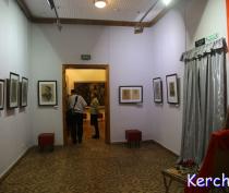 В Керчи состоялось открытие выставки «Гимн мужеству Героям Аджимушкая»