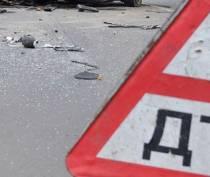 Смертельное ДТП в Севастополе: фургон столкнулся с легковушкой и перевернулся