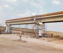 Демонтаж старой теплотрассы на пути дороги к Крымскому мосту начался в Керчи