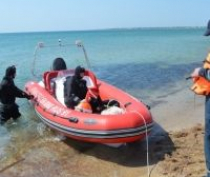 Специалисты чрезвычайного ведомства продолжают работу по обследованию пляжных акваторий