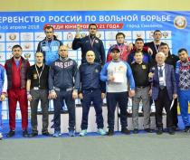 Алуштинец стал победителем юниорского первенства России по вольной борьбе