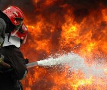 В Крыму горела трехэтажная гостиница