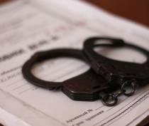 Двое крымских полицейских подозреваются в получении взятки в 450 тысяч рублей