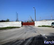 В Керчи появилась дополнительная линия на паром для грузовиков