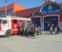 Евпаторийские школьники посетили пожарно-спасательную часть