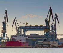 Керченский завод «Залив» построит 109-метровый плавучий причал для морских судов