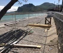 Пляж в Коктебеле частично восстановят