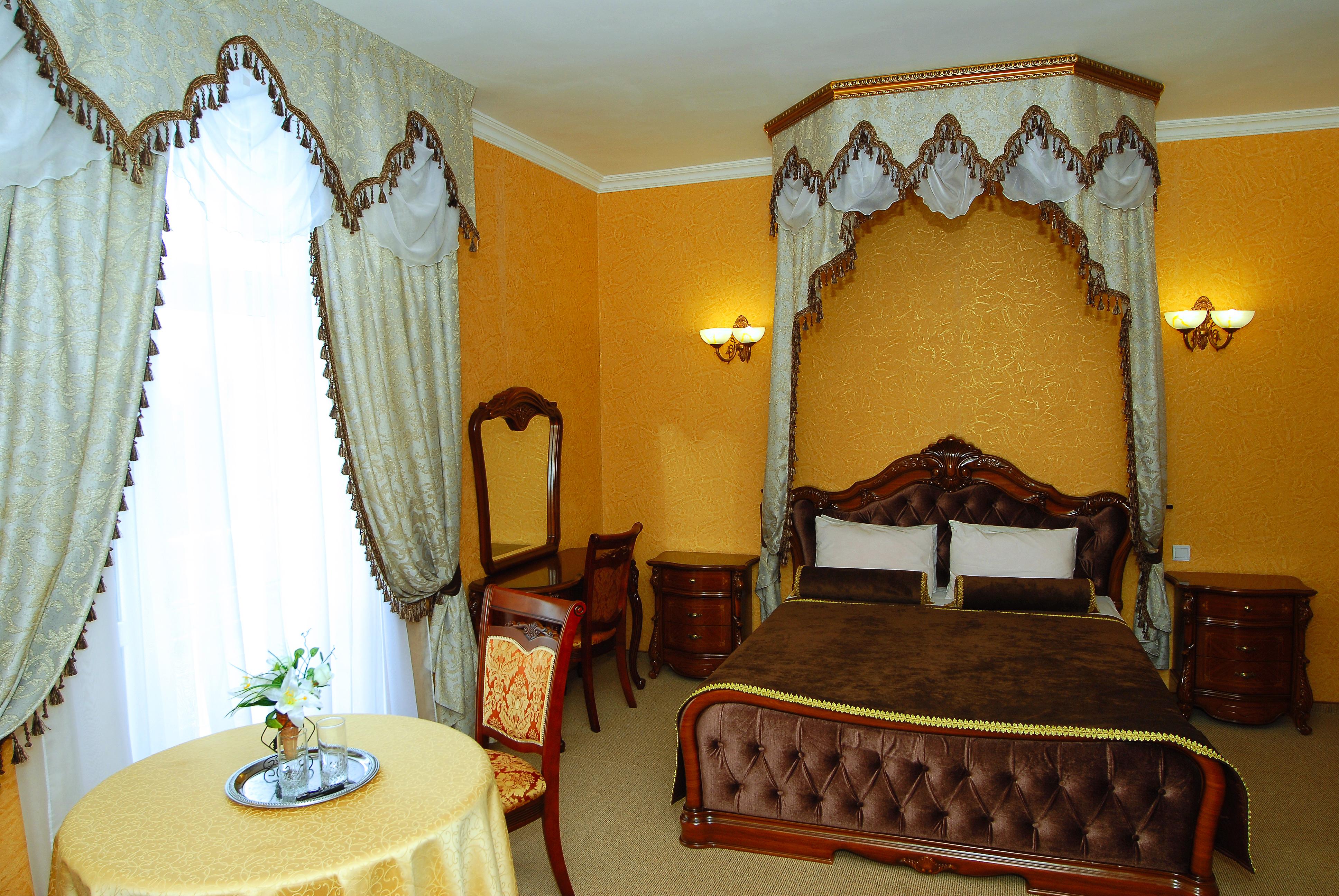 Фирма: Отель Феодосия