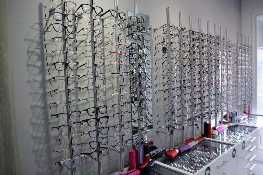 Фирма: Сухаревская Оптика, Сеть салонов оптики и медицинских центров