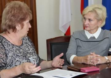 Глава Феодосии провела встречу с председателем Общественного совета