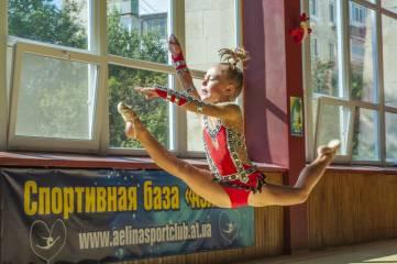 Феодосия: «Аплодисменты всем — стоящим у пьедестала»!