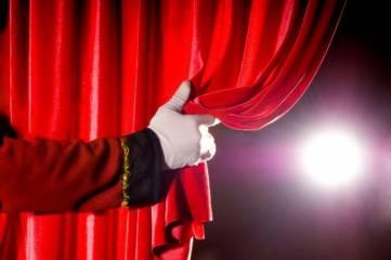 «Парадокс» открывает театральный сезон