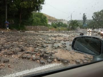 В Крыму дождь смыл улицу