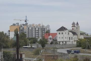 Фоторепортаж дня: Спускаясь с Челнокова в центр Феодосии