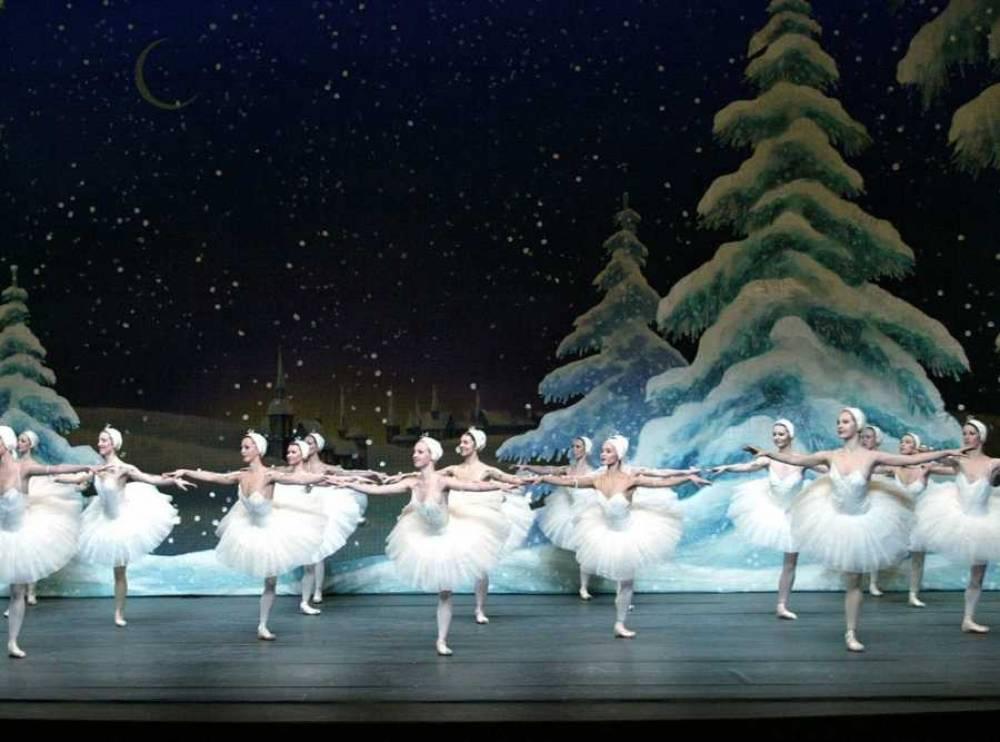 В Севастополе созданы «опера и балет»