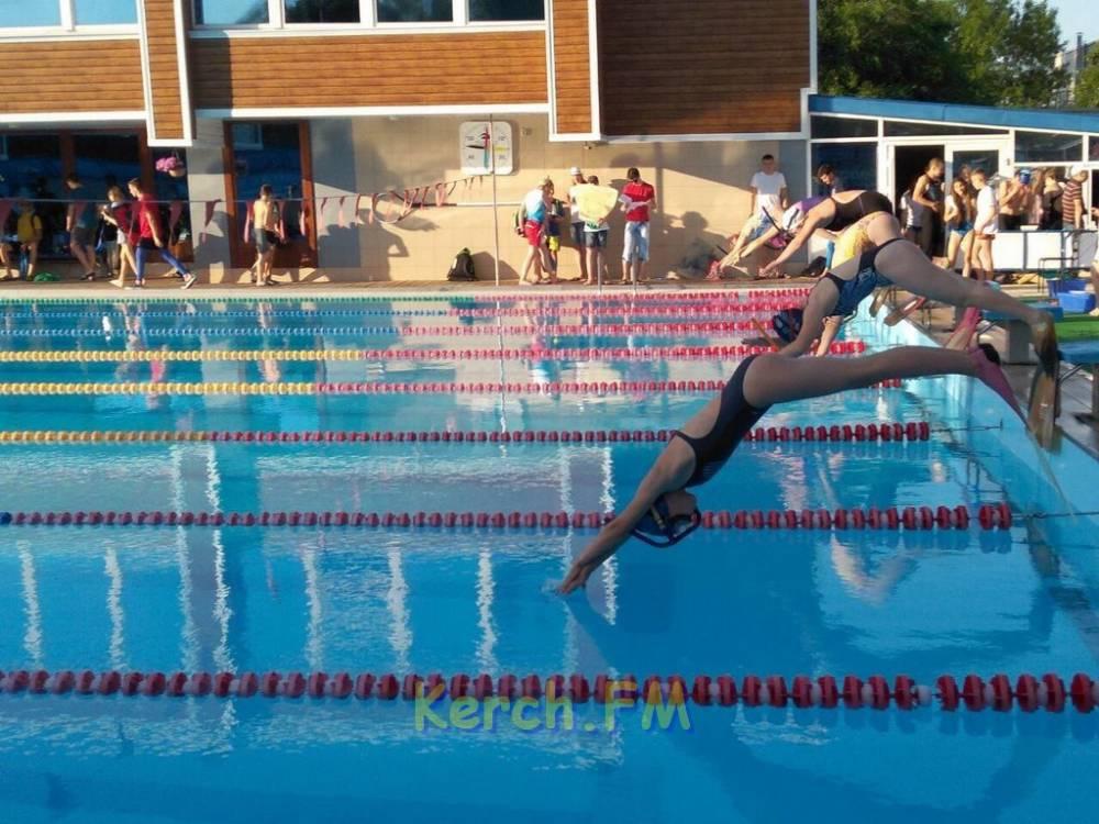 Юные пловцы снова первые
