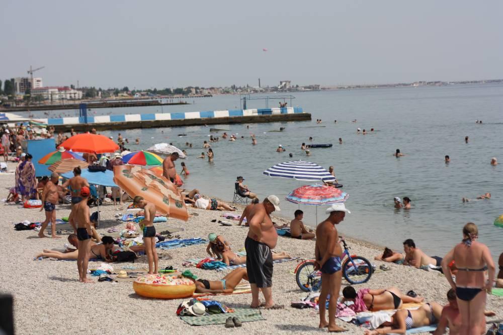 На центральной набережной Феодосии выявили нарушения