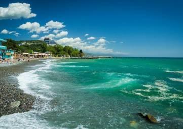 Роспотребнадзор запретил купание на 10 пляжах в Крыму