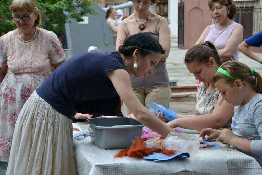 Завтра в Феодосии Наталья Линькова (Семенова) проведет мастер-класс по валянию
