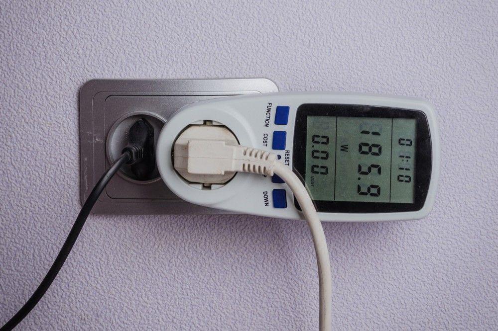 На феодосийском рынке прокуратура установила завышение тарифа на электроэнергию