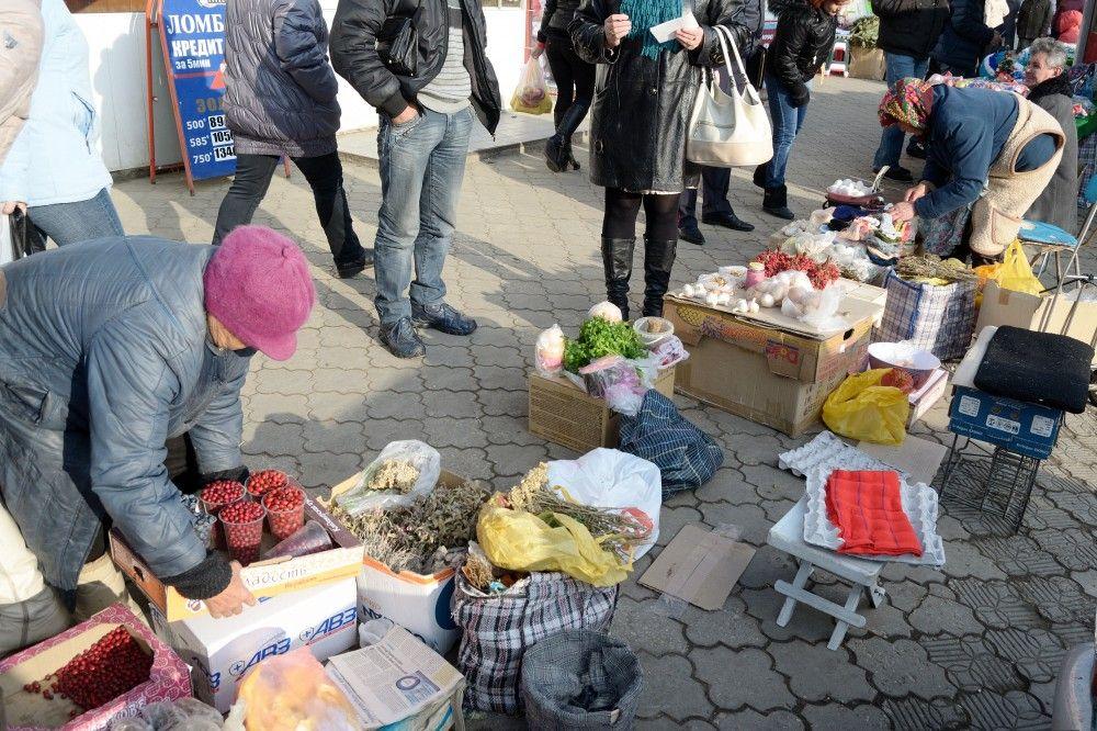 В Феодосии больше всего нелегальной торговли возле Крымского рынка