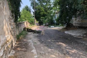 В Керчи на ул. Рыбакова провалилась часть дороги
