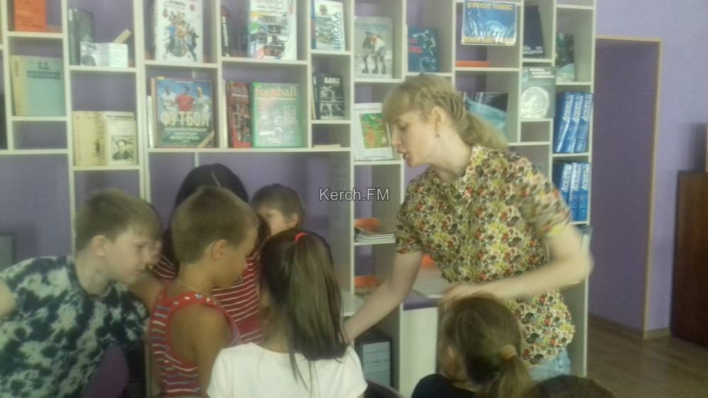 День шоколада прошел в керченской библиотеке