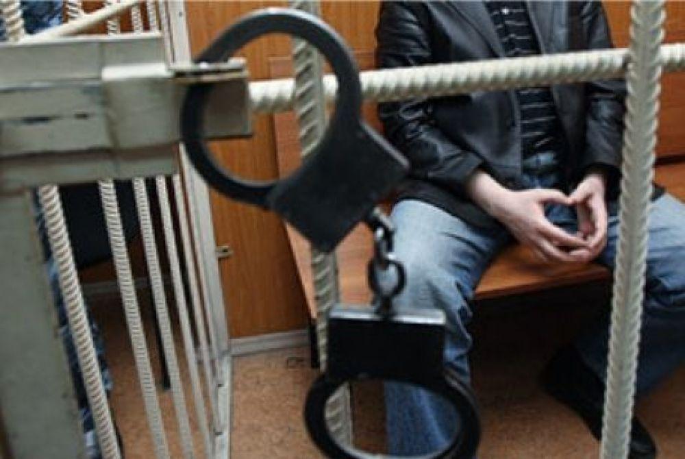 В Феодосии полицейские задержали подозреваемых в нападении на местного жителя