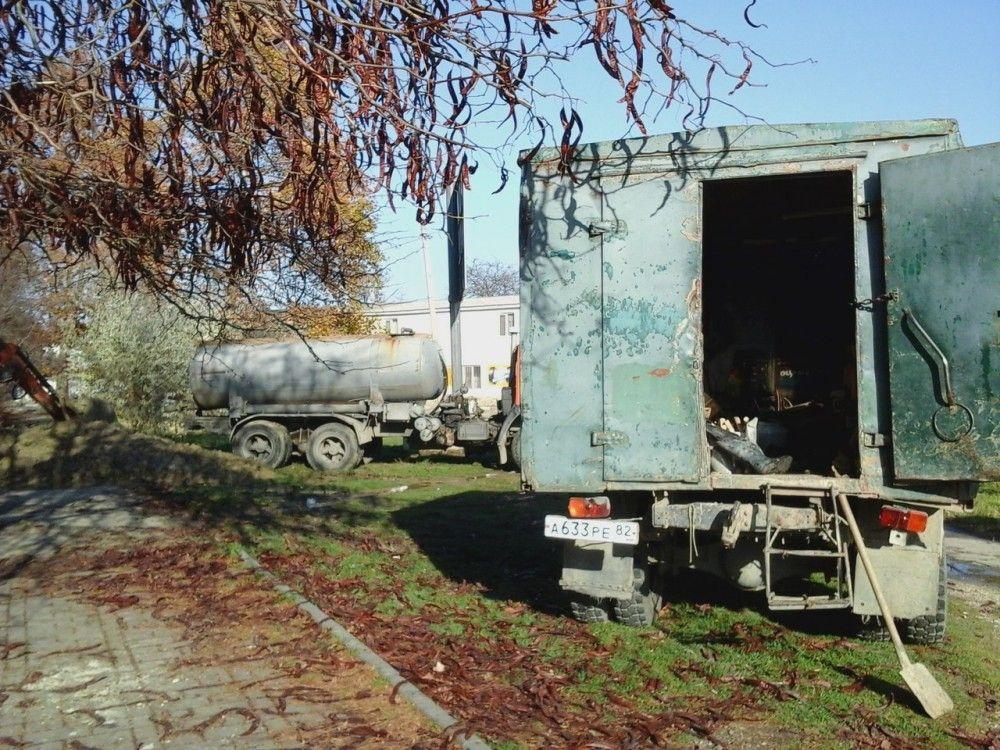 В Феодосии восстанавливают водоснабжение