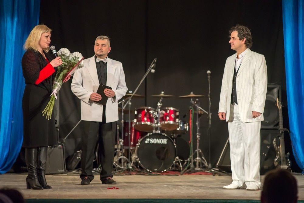 В Феодосии прошел юбилейный вечер худрука театра «Парадокс»