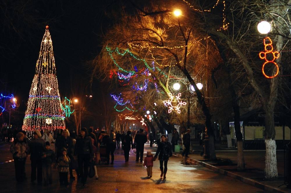 Замглавы администрации: Новогодняя елка в Феодосии будет