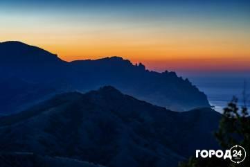Ночной Кара-Даг в ночь звездопада