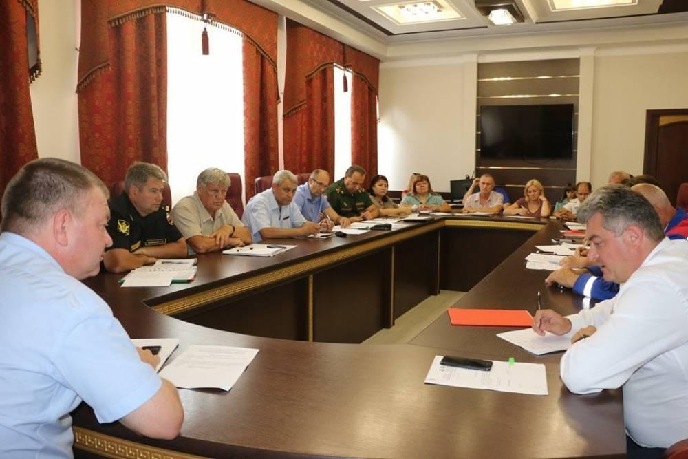 Денис Майданов и Илья Резник выступят на площади в Керчи в сентябре