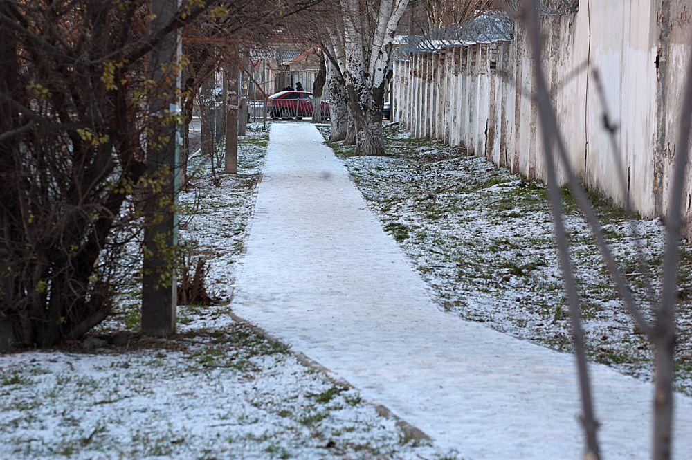 Феодосия, чуть припорошенная снегом