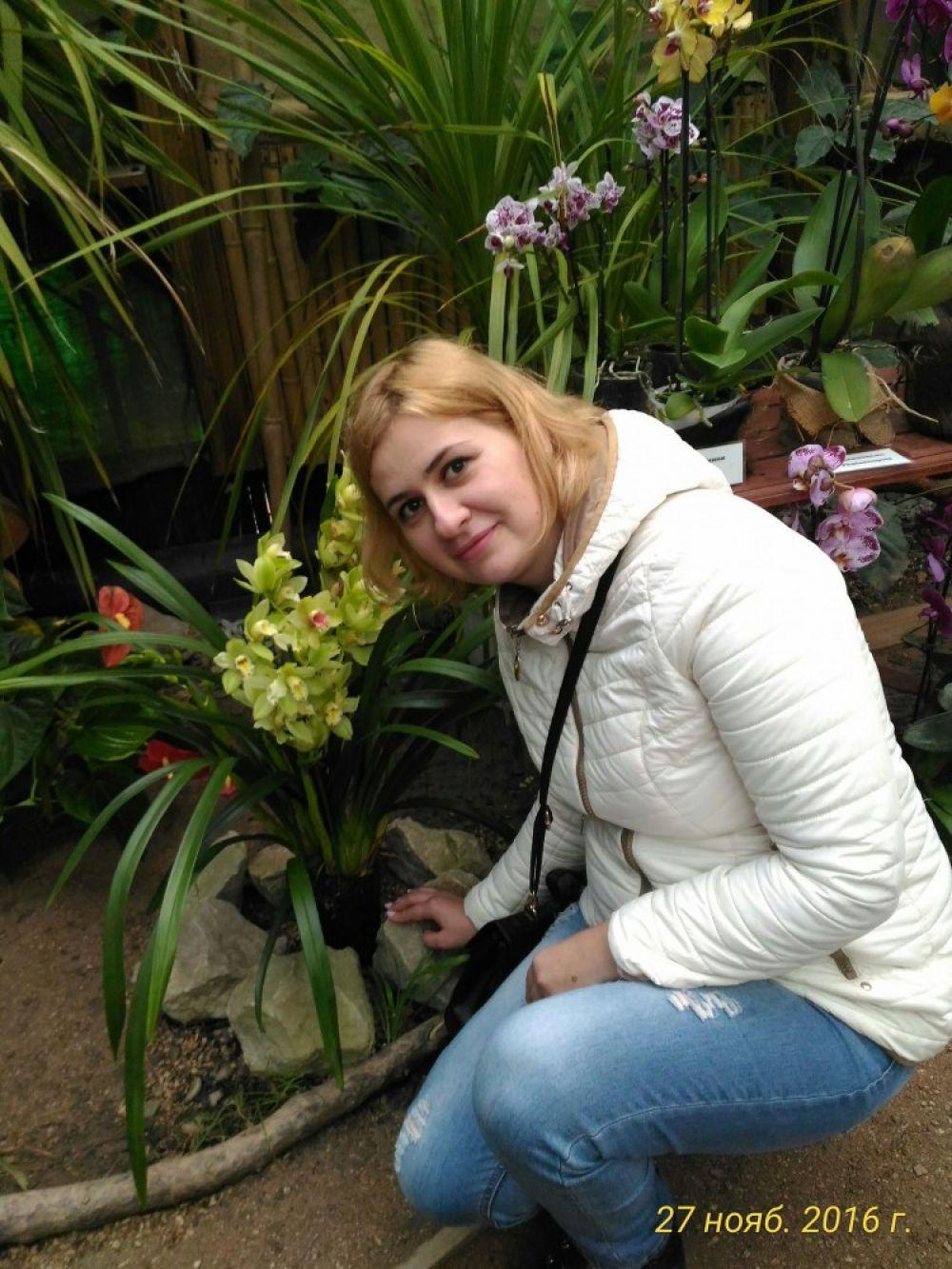 Любительница орхидей:  «Танцую вокруг с бубном, а она жадничает»
