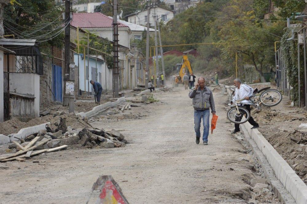 Погодные условия в Феодосии сейчас располагают к укладке асфальта