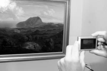 В Феодосийской картинной галерее открылась выставка работ швейцарского пейзажиста. Фоторепортаж