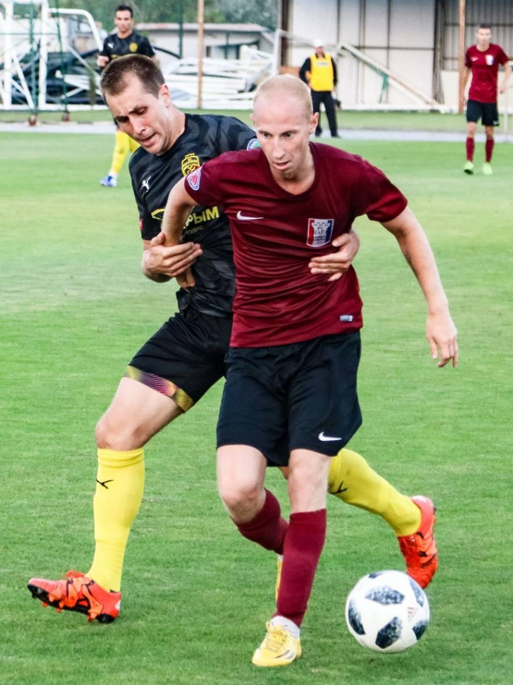 Феодосийские футболисты вернулись с победой