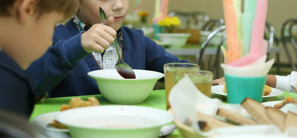 Новый проект расскажет крымчанам, чем кормят их детей в школе и детсаду