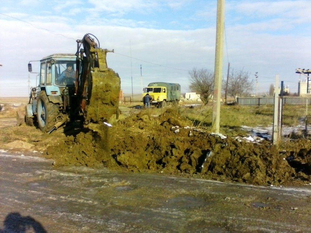 В населенных пунктах феодосийского округа начали менять сети водоснабжения