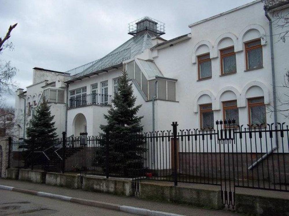 Феодосийскую «Юлю» отдадут в собственность города