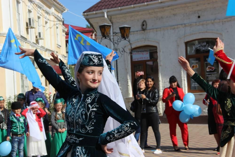 Юбилейный фестиваль-конкурс «Кефе гуллери» состоялся в Феодосии