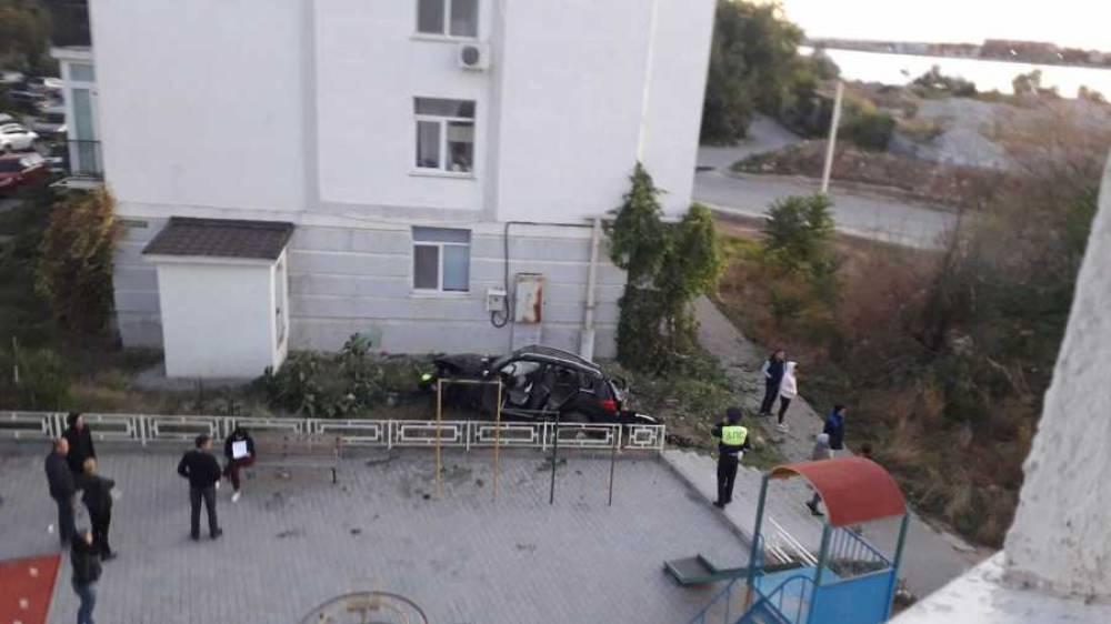 Водитель пьян, пассажир мёртв: полиция рассказала о ДТП в Севастополе