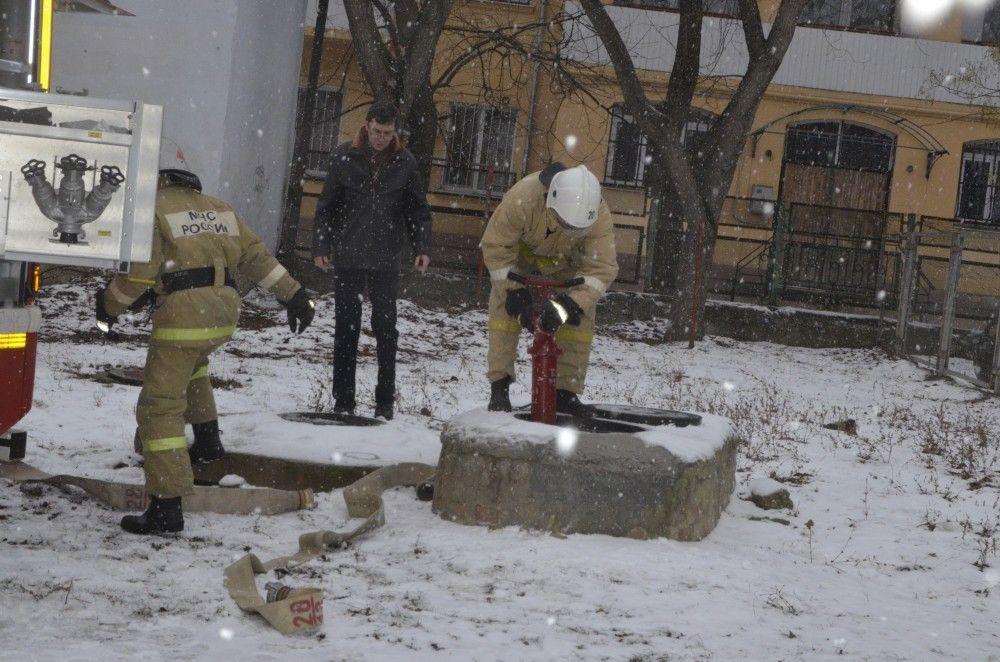 Феодосийские спасатели провели учебные занятия в школах